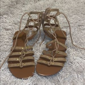 Super cute gladiator style sandals. Size 8 1/2